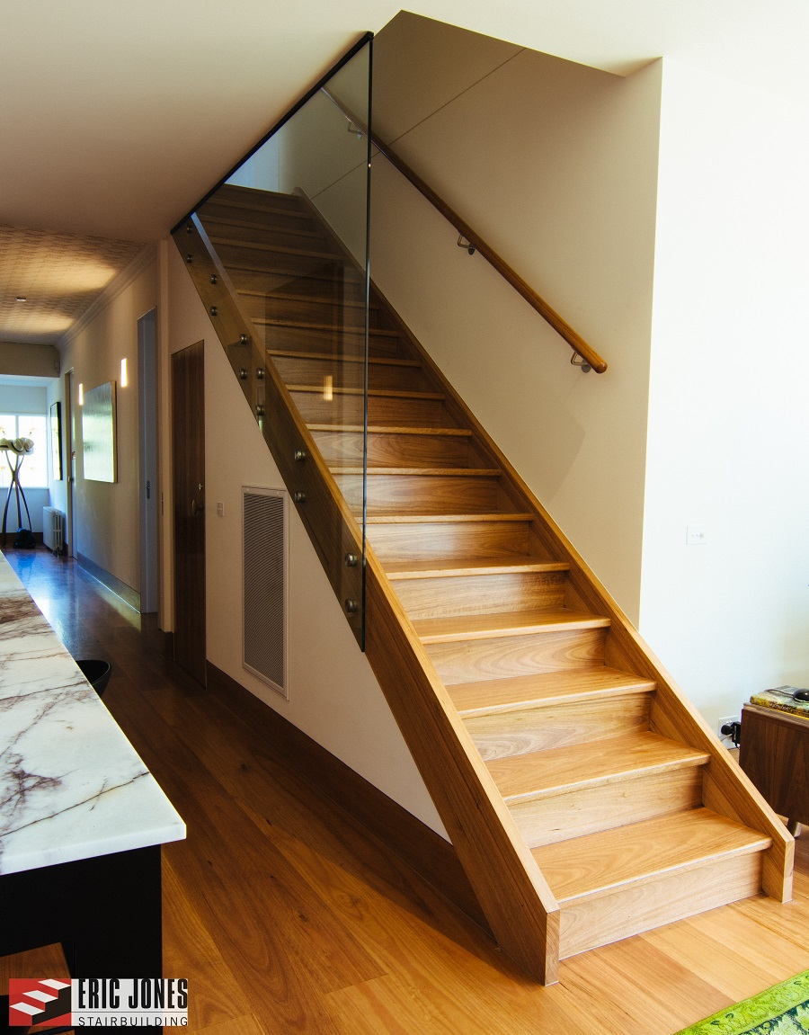 Interior Railings together with tfco   ibc handrail more than 50 likewise Poutre Centrale 2 together with Escadas aco inox also Cast Iron. on steel balusters for stairs